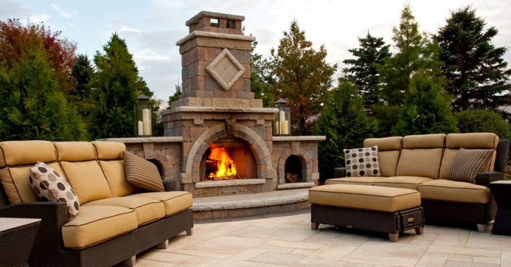 Unilock elements barcelona collection wilson nurseries for Firerock fireplace prices